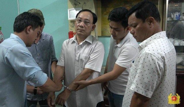 Giám đốc Bệnh viện Cai Lậy bị tình nghi liên quan vụ giết người - Pháp luật