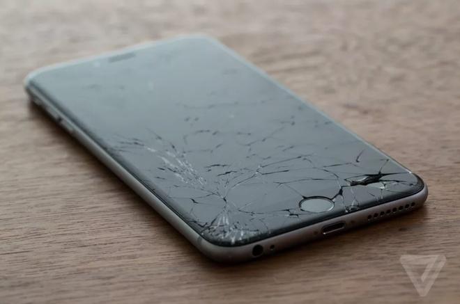 Vi sao Apple muon lam ra smartphone kho sua chua? hinh anh