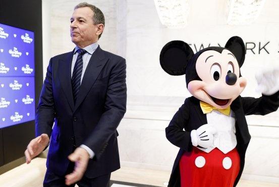 Sau cai chet cua Net Neutrality, chuot Mickey ngay cang quyen luc hinh anh 2
