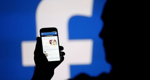 Facebook se cho nguoi dung dang anh khoa than? hinh anh 1