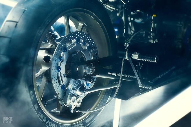 Chien binh toc do Yamaha XSR700 tro ve tu qua khu hinh anh 7