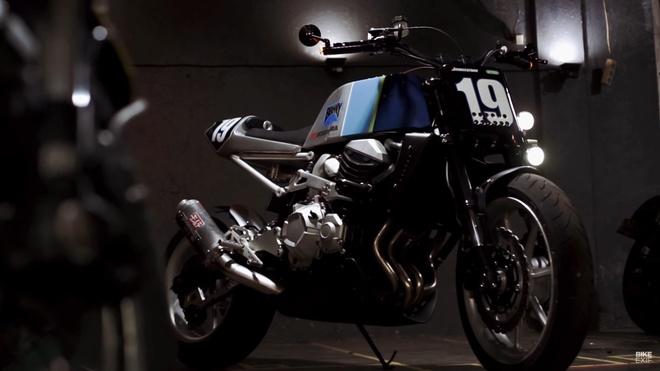 Kawasaki Z800 vintage tu Smoked Garage hinh anh
