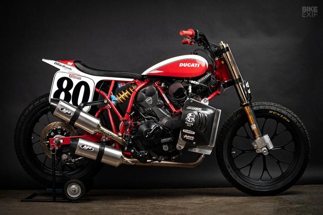 Mau Flat Tracker Ducati dau tien cua Lloyd Brothers hinh anh