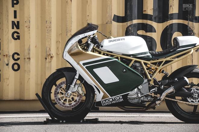 Xe dua Ducati anh 1