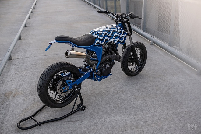 Yamaha XT600 do phong cach Supermoto tu nuoc Phap hinh anh 2