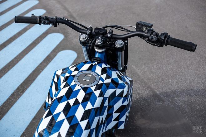 Yamaha XT600 do phong cach Supermoto tu nuoc Phap hinh anh 7