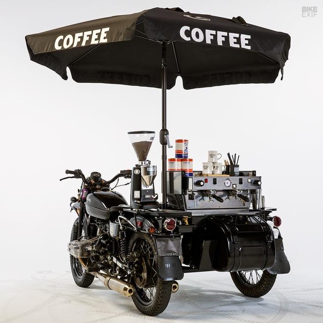 Moto Ural do phong cach xe ban ca phe di dong hinh anh 6