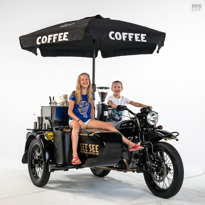 Moto Ural do phong cach xe ban ca phe di dong hinh anh 8
