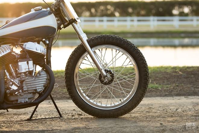 Chi tiet Harley WLA lot xac thanh phong cach Flat Tracker o My hinh anh 6