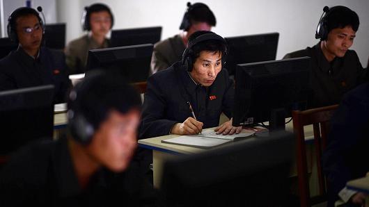Ong Kim - Trump gap mat, hacker Trieu Tien van miet mai tan cong My hinh anh 2