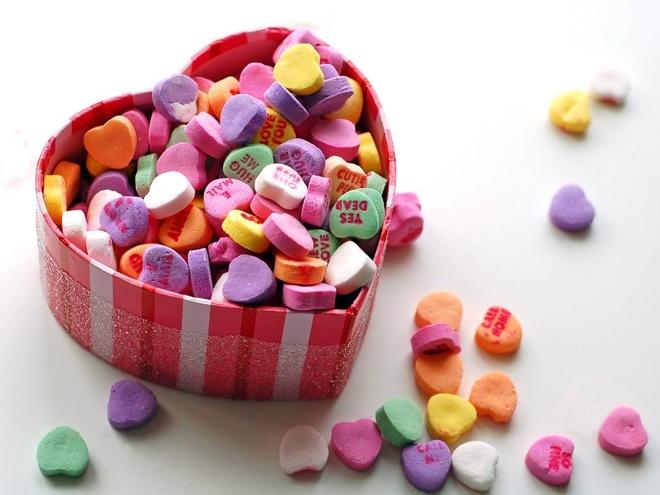 Chiec keo trai tim va 10 su that thu vi it nguoi biet ve Valentine hinh anh