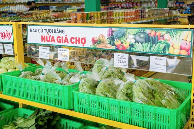 Ban le Viet Nam: Ke lang le bien mat, nguoi ram ro dau tu hinh anh