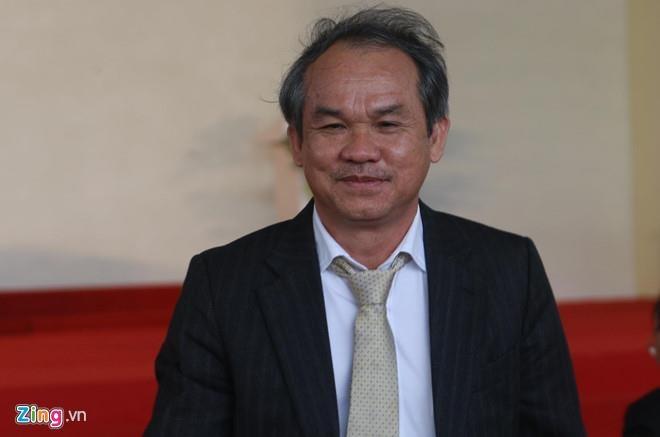 Bau Duc dang cho Hoang Anh Gia Lai vay anh 1