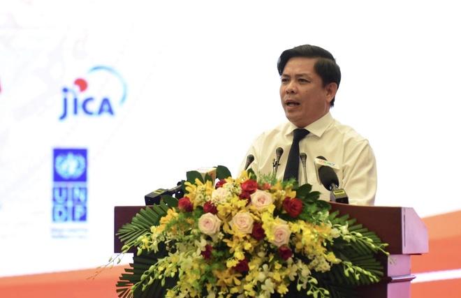 Bo truong GTVT: 'Co the lam them duong bang o san bay Phu Quoc' hinh anh 1 Bộ trưởng GTVT: 'Có thể làm thêm đường băng ở sân bay Phú Quốc' - Bo_truong_The - Bộ trưởng GTVT: 'Có thể làm thêm đường băng ở sân bay Phú Quốc'