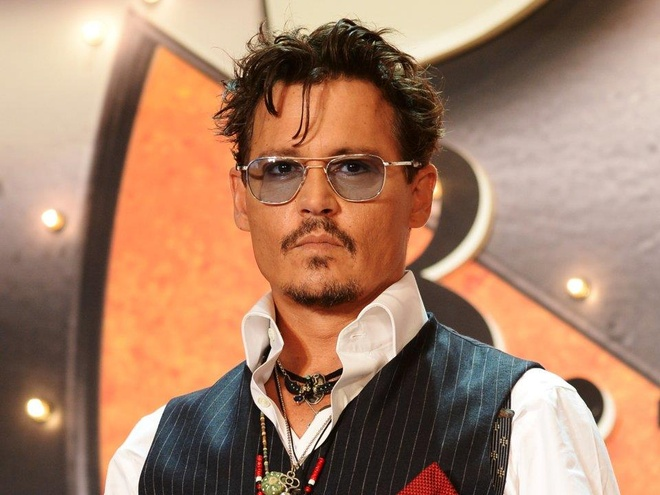 Danh muc dau tu khong lo cua 'Cuop bien Caribbean' Johnny Depp hinh anh 1
