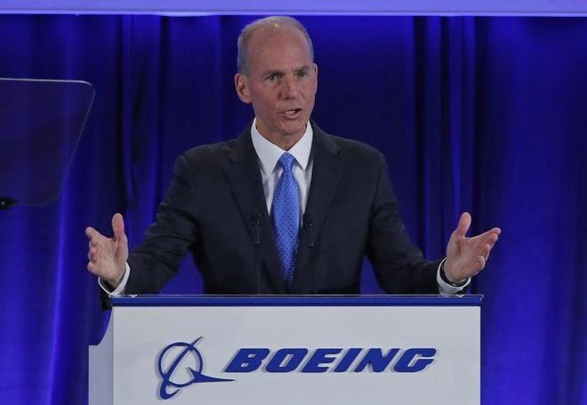 CEO Boeing xin loi gia dinh 346 nan nhan tai nan may bay 737 Max hinh anh 1