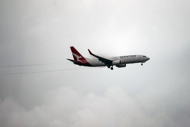 Hàng loạt hãng bay quốc tế tránh vùng không phận Iran