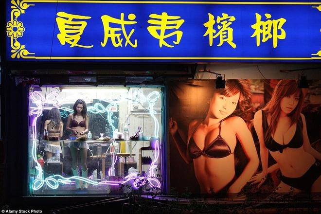 Ca phe bikini va nhung mo hinh kinh doanh 'goi cam' gay tranh cai hinh anh 9