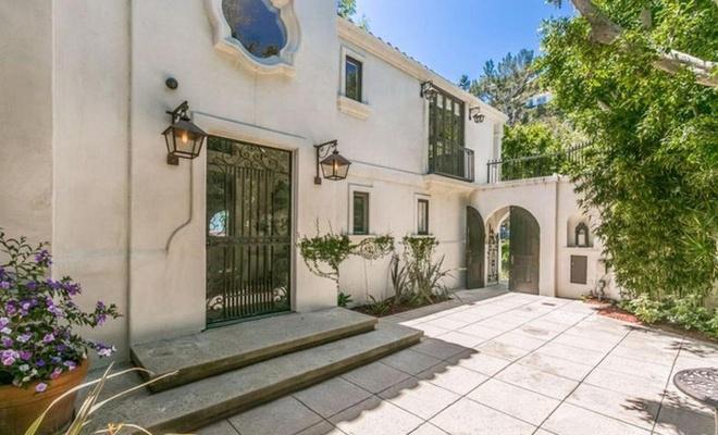 Bên trong biệt thự Đồi Hollywood của nữ ca sĩ Camila Cabello - Ảnh 3