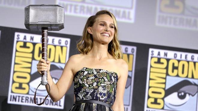 Ben trong biet thu doc dao cua 'ban gai Than Sam Thor' Natalie Portman hinh anh 1