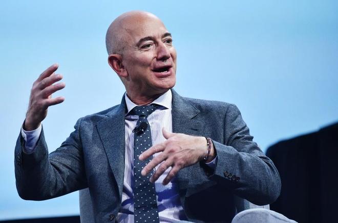 Jeff Bezos gianh lai ngoi giau nhat the gioi tu Bill Gates sau 1 ngay hinh anh 1