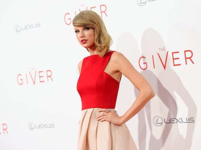 Taylor Swift giau co va tieu xai xa xi den muc nao hinh anh 14