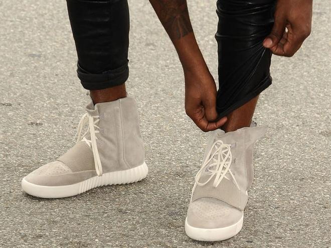Kanye West - rapper kiem nhieu tien nhat nam 2019 - giau co nao? hinh anh 2