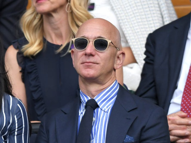 Jeff Bezos anh 11
