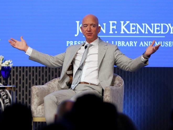 Jeff Bezos anh 10