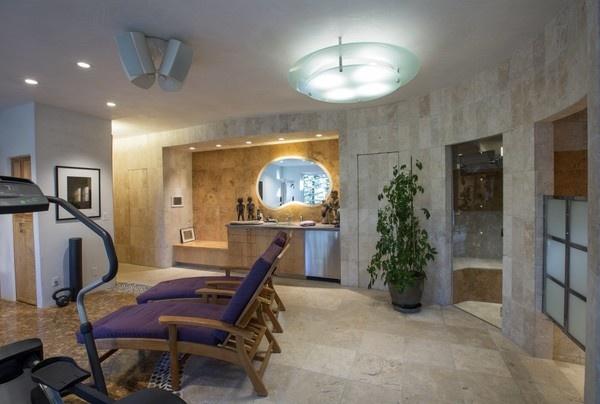 Biệt thự nghỉ dưỡng có đường hầm rượu dài 17 m của Oprah Winfrey - Ảnh 8.