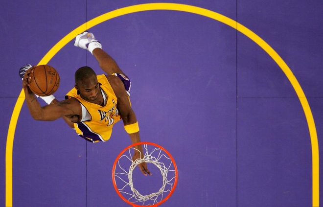 Huyen thoai Kobe Bryant kiem duoc 680 trieu USD trong suot su nghiep hinh anh 2 rt.jpg