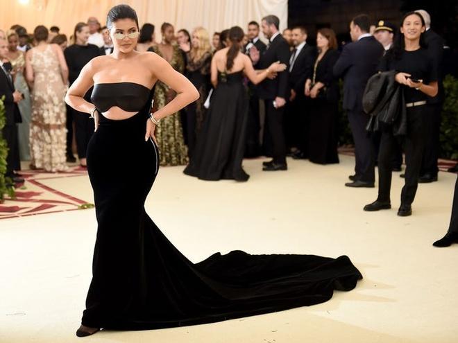 9 su that ve do giau co cua ty phu tre nhat the gioi Kylie Jenner hinh anh 8 5c7ec0302628982cc743acc1.jpg