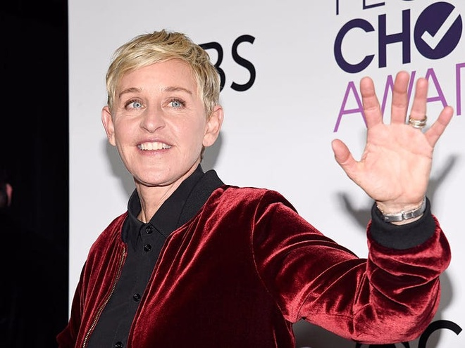 MC dong tinh Ellen DeGeneres kiem duoc 330 trieu USD nhu the nao hinh anh 5 5a1dc4503dbef4e3058b8a50.jpg