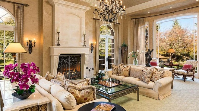 Biet thu 7,4 trieu USD noi Britney Spears dang tu cach ly hinh anh 4 https_blogs_images.forbes.com_kristintablang_files_2015_10_Britney_Spears_Thousand_Oaks_Mansion_Forbes.jpg