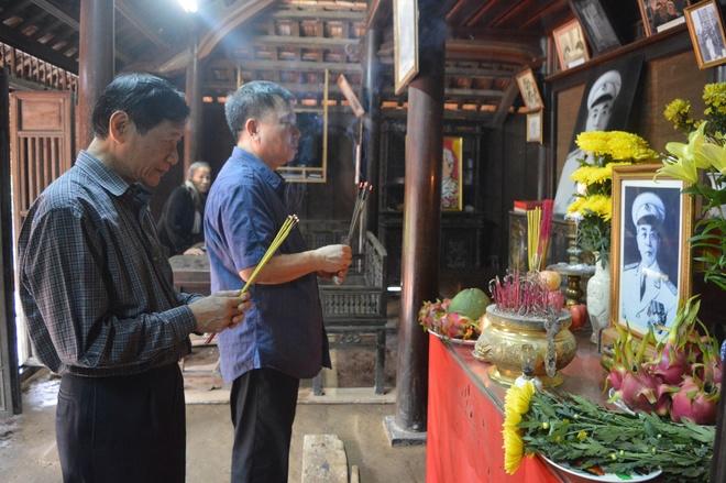 Hoi Xuat ban tang sach cho hoc sinh vung lu lut Quang Binh hinh anh 2