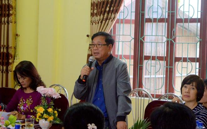 Hoi xuat ban Viet Nam tang hon 10.000 cuon sach va tap chi cho hoc sinh tieu hoc Quang Binh anh 2