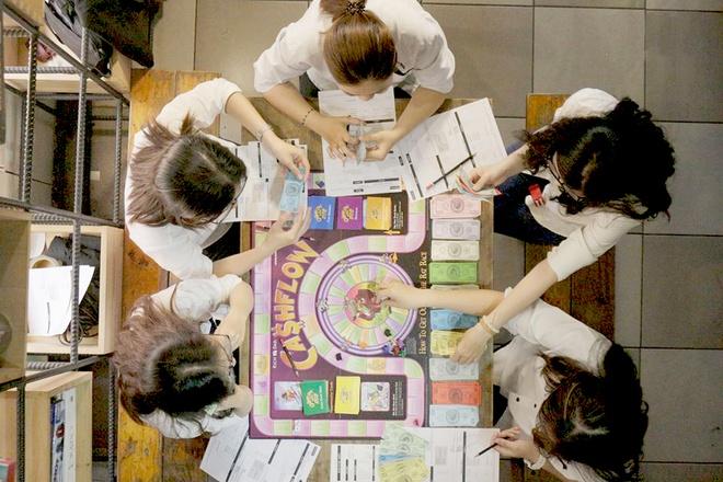 4 quan ca phe board game cho nhung buoi tu tap cung ban be hinh anh