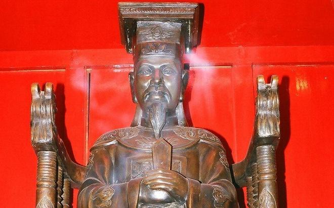 Vua Le Thanh Tong anh 2