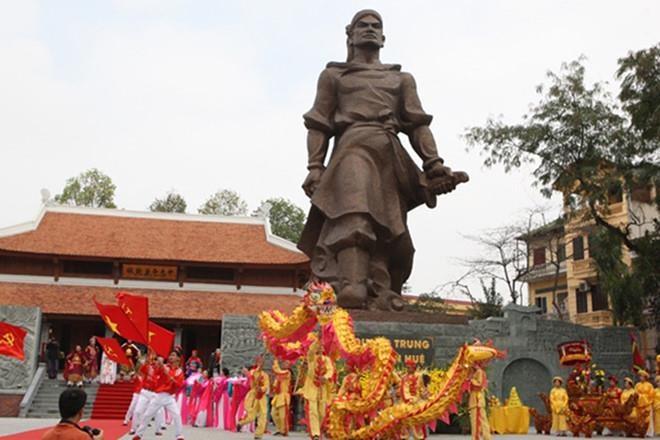 Bách thắng vương Quang Trung Nguyễn Huệ