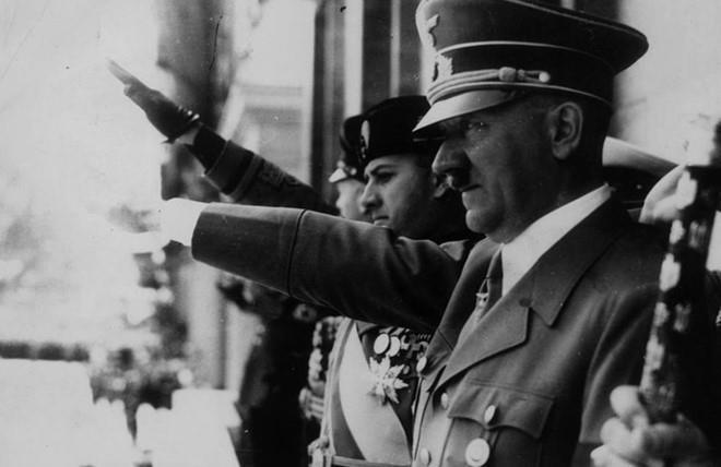 Tran danh cuoi cung va ket cuc cua trum phat xit Adolf Hitler hinh anh 3