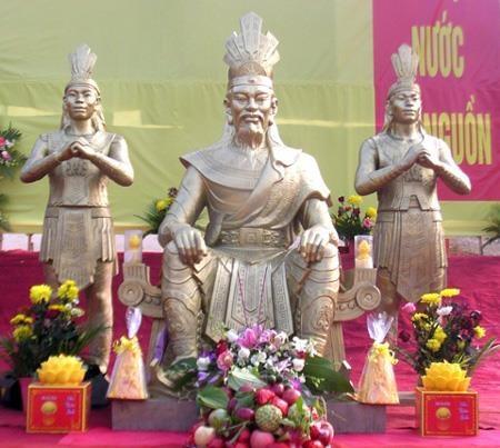 Vi sao 18 doi vua Hung nhung chi co mot ngay gio to? hinh anh 1