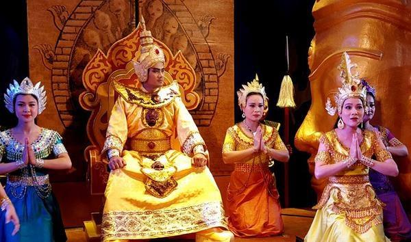 Cong chua duy nhat cua nuoc Viet lay 2 vua lam chong hinh anh 6