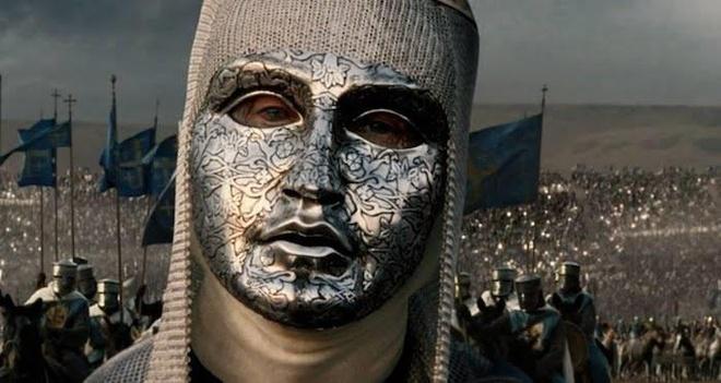 600 quan cam tu cua vua hui danh bai 26.000 quan cua Saladin the nao? hinh anh 1