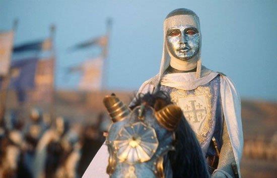 600 quan cam tu cua vua hui danh bai 26.000 quan cua Saladin the nao? hinh anh 6