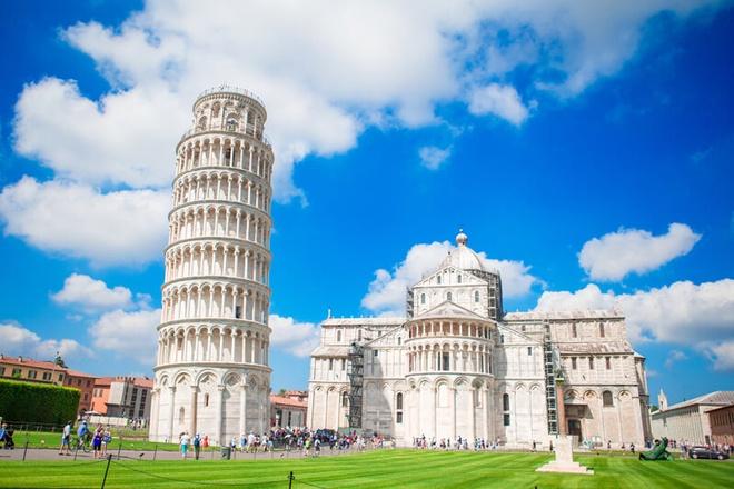 Trum phat xit tung ha lenh 'dung thang thap nghieng Pisa' hinh anh 3 3.jpg