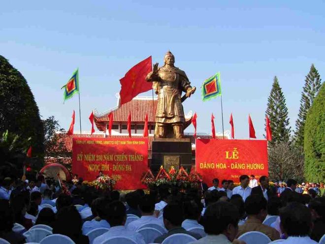 'Cho quan Thanh ngu tro mot dem roi ta duoi di' hinh anh 3 3_2.jpg
