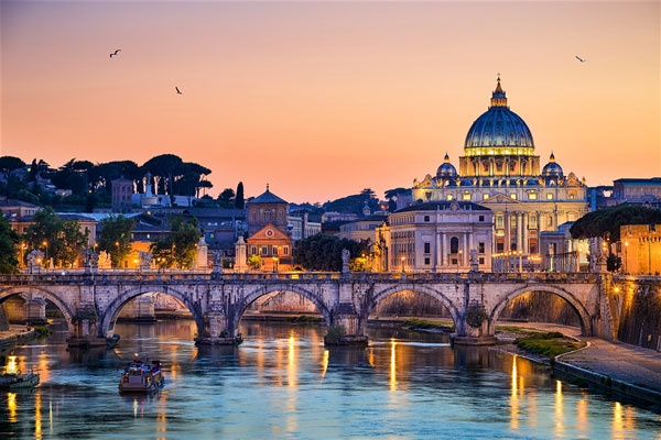 Tai sao thu do Rome cua Italy duoc goi la 'Thanh pho vinh hang'? hinh anh 1 1_2.jpg