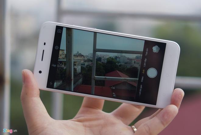 7 smartphone ban chay nhat nua dau 2017 hinh anh 5