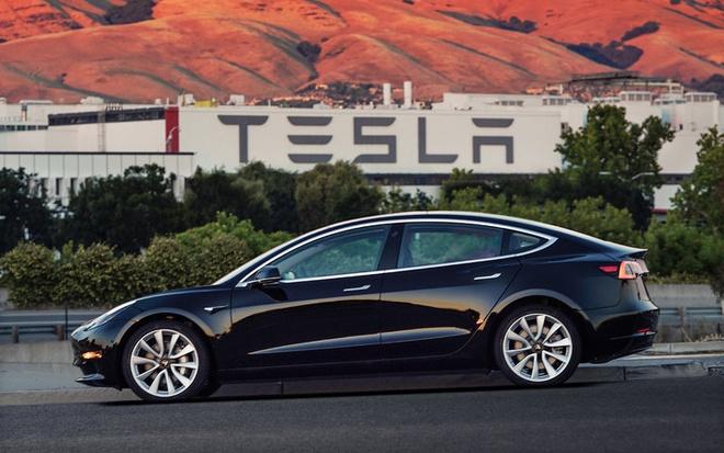 Tesla cong bo sedan Model 3 voi gia 35.000 USD hinh anh