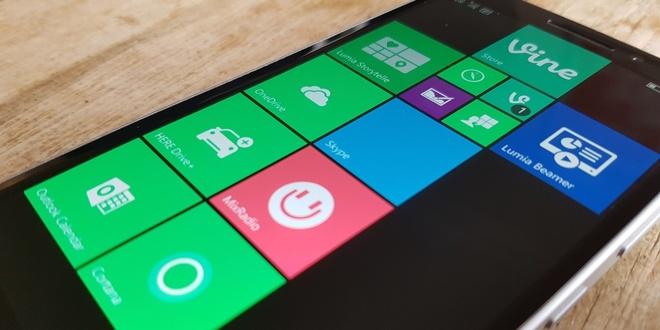 Vi sao Microsoft khong the thong tri thi truong smartphone? hinh anh